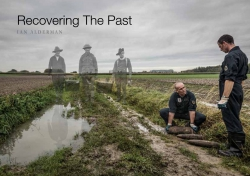 Jacket Image for the Title Recovering The Past
